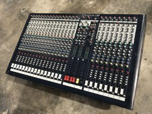 Soundcraft  LX7Ⅱ 24ch アナログミキサー